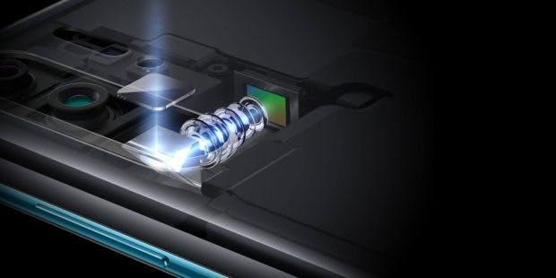 Wie ein Periskop: Die 5x-Zoom-Kamera ist im 90-Grad-Winkel in das Gerät eingelassen. (Bild: Huawei)