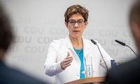 CDU reagiert auf Rezo-Video: AKK denkt über eine Regulierung von Influencern nach