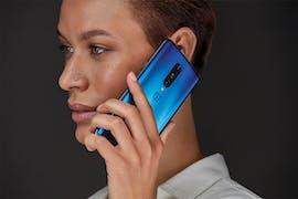 Das Oneplus 7 Pro in Nebula Blue. (Bild. Oneplus)