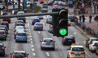 Fahren auf der Grünen Welle: Audi vernetzt seine neuen Modelle mit Verkehrsampeln
