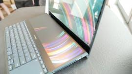 Asus Zenbook Duo (links) und Zenbook Pro Duo