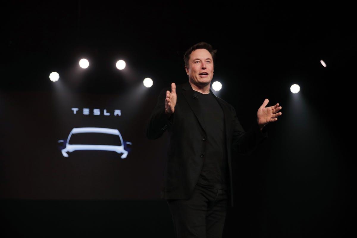 Tesla-Chef Elon Musk ist entgegen der landläufigen Meinung nicht der Gründer des Elektroautopioniers. (Foto: dpa)