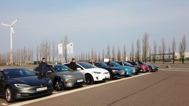 Tesla schlägt Hyundai Kona und Audi E-Tron bei Reichweite und Verbrauch auf Autobahn
