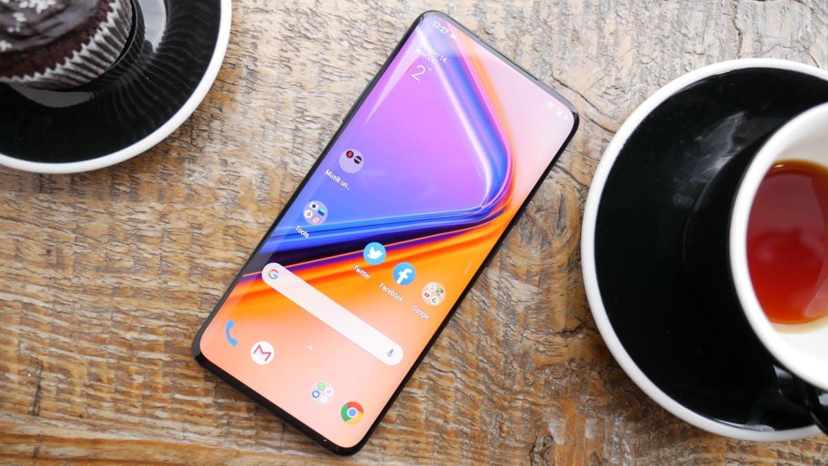 Oneplus 7 Pro: Neues High-End-Smartphone mit Triple-Cam und 90-Hertz-Display ab sofort im Handel