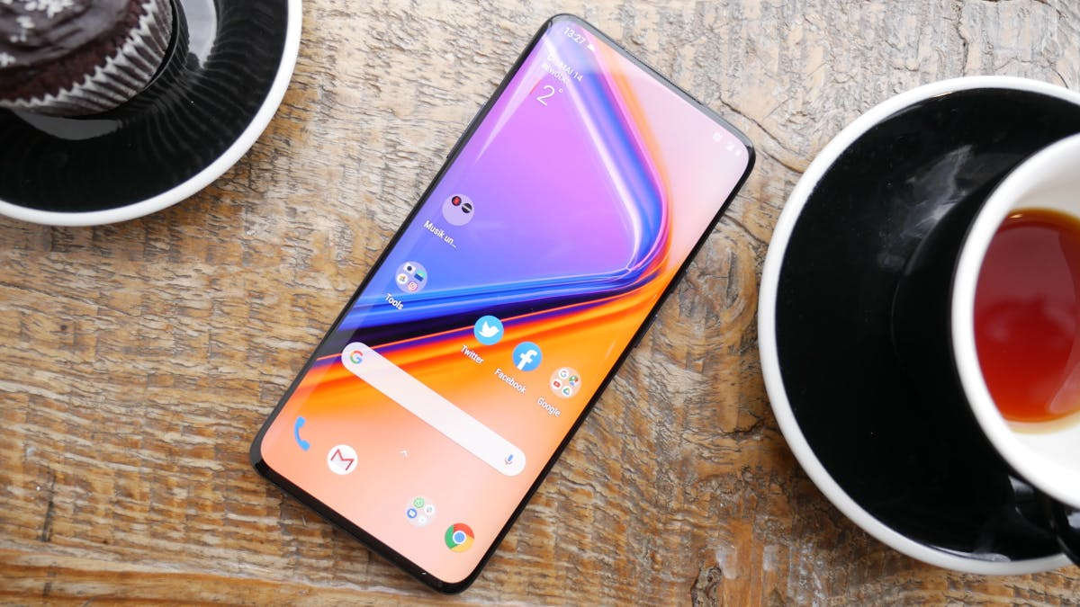 Oneplus 7 Pro: Neues High-End-Smartphone mit Triple-Cam und 90-Hertz-Display
