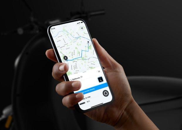 Der neue Elektroroller von Unu kann per Smartphone aufgeschlossen werden. (Bild: Unu)