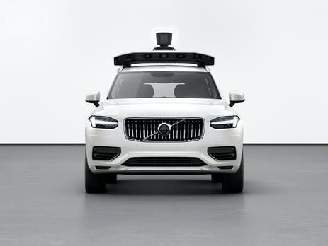 Erster serienreifer autonomer XC90 von Uber und Volvo gezeigt