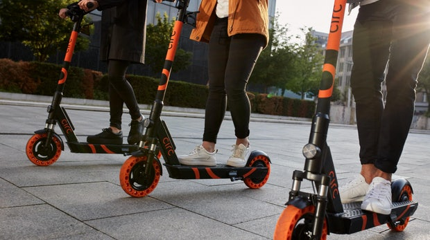 Circ: E-Scooter-Startup Flash tauft sich um und startet in Deutschland