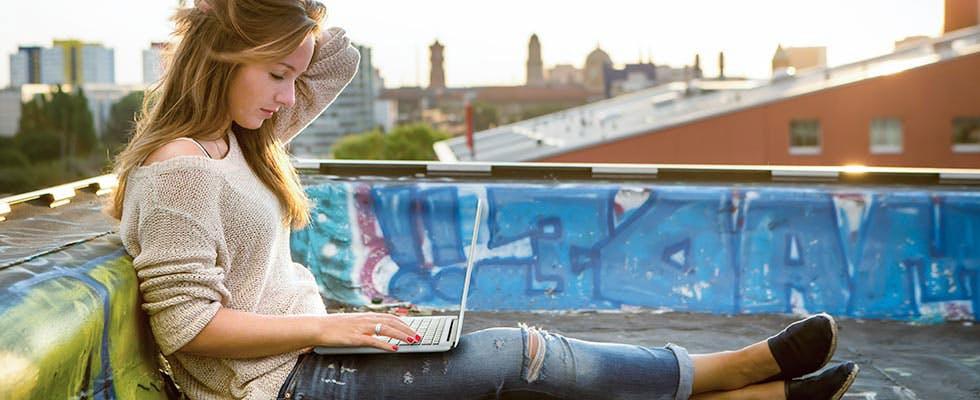 Schütze dein digitales Leben – mit ARAG web@ktiv