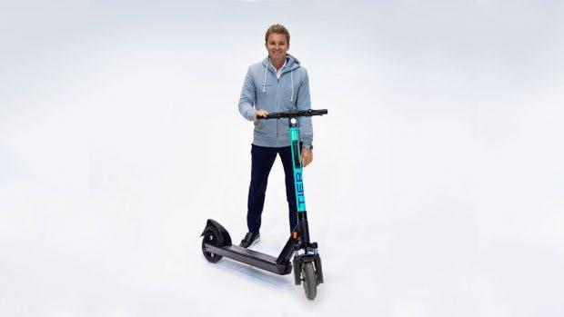 Das Startup Tier Mobility bietet bald auch seine E-Scooter per Jelbi an. (Foto: Tier Mobility)
