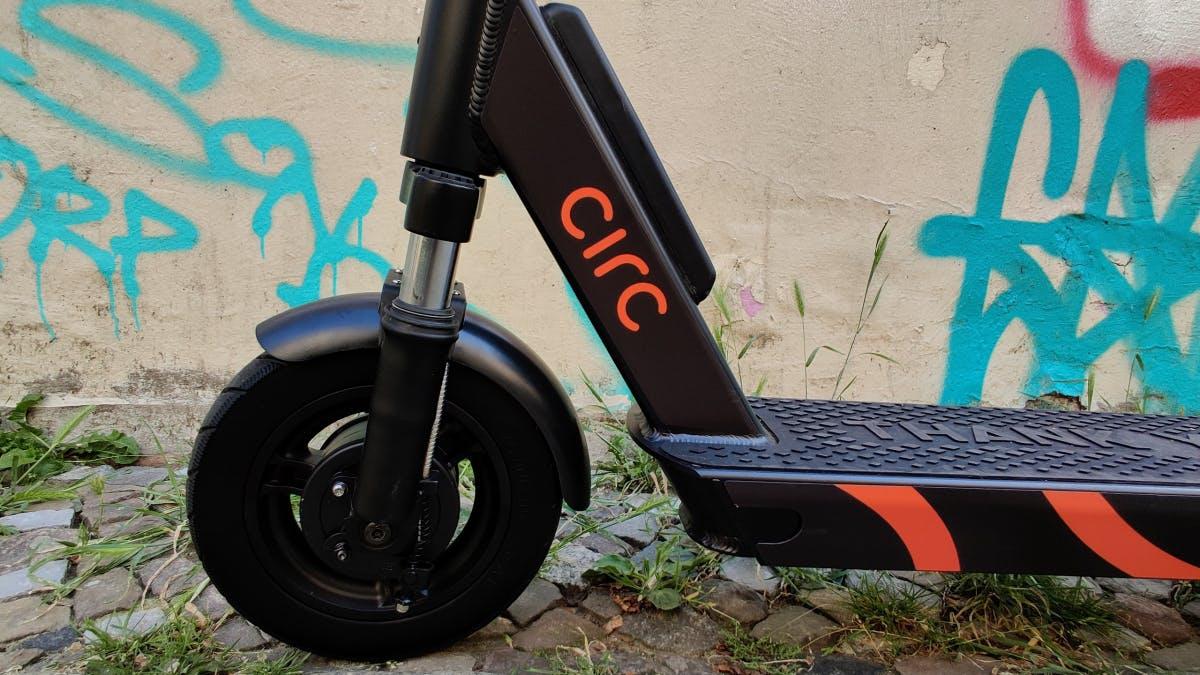 Circ bringt neues E-Scooter-Modell, startet in Essen und streicht rund 50 Stellen