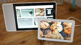 Kleines und großes Smart-Display: Google Nest Hub und Lenovo Smart Display 10. (Foto: t3n)