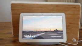 Google Nest Hub im Größenvergleich mit dem Lenovo Smart-Display 10. (Foto: t3n)
