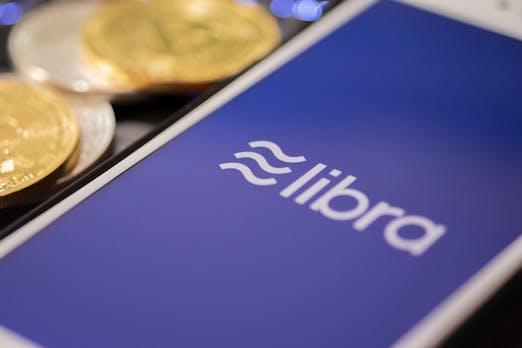 Kryptowährung: Kritik an Facebooks Libra bringt Bitcoin-Kurs zu Fall