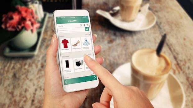 """Style Snap: Amazon stellt KI-gesteuertes """"Shazam für Mode"""" vor"""