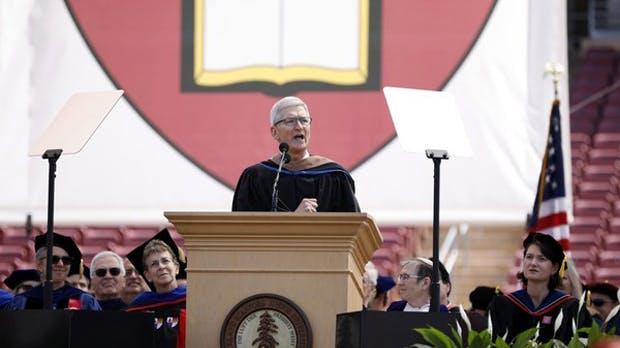 Stanford-Rede: Was Tim Cook durch Steve Jobs auf die harte Tour gelernt hat