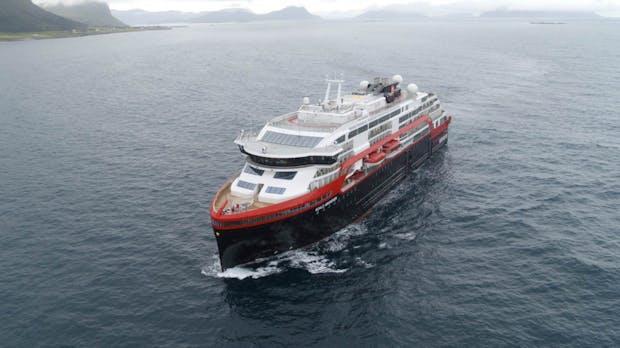 Erstes batteriebetriebenes Kreuzfahrtschiff verlässt die Werft