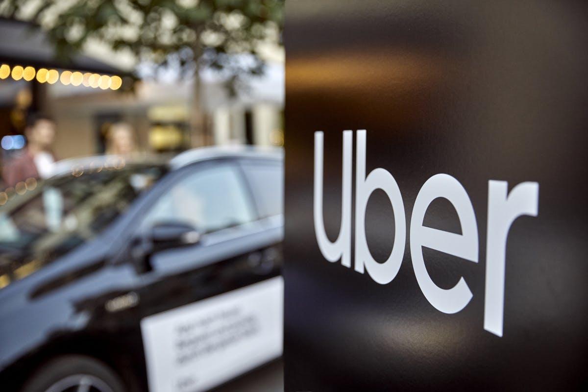 Uber X: Landgericht Köln untersagt Uber seinen wichtigsten Fahrdienst