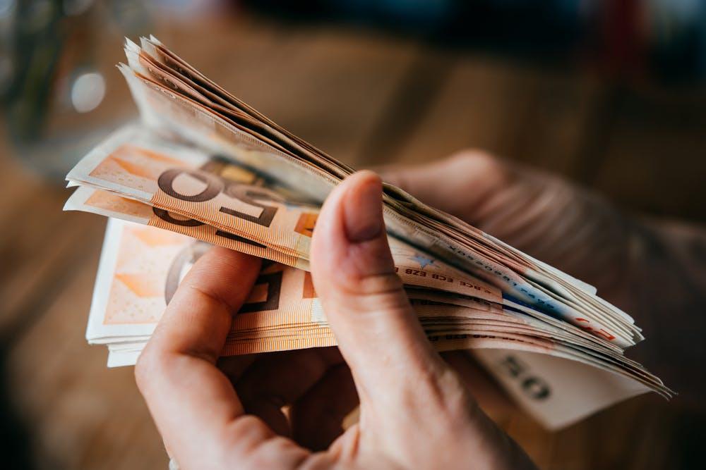 5 Dinge, die du diese Woche wissen musst: Heute reden wir über Geld