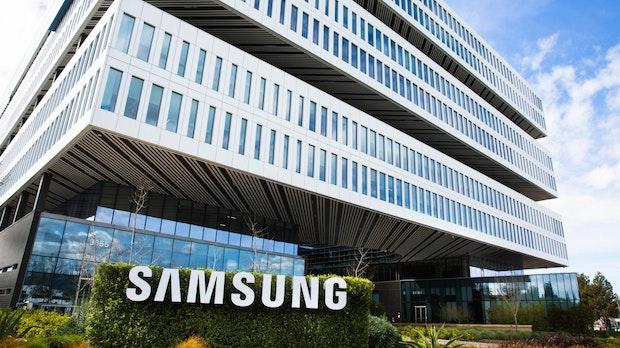 Samsung-Gewinn mehr als halbiert