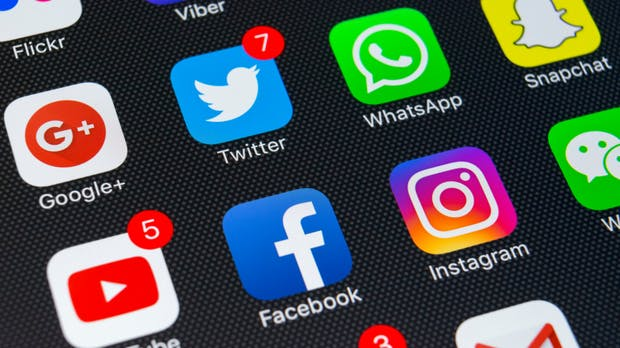 Facebook-Panne: Admins der Seiten von Banksy, Anonymous und anderen enthüllt