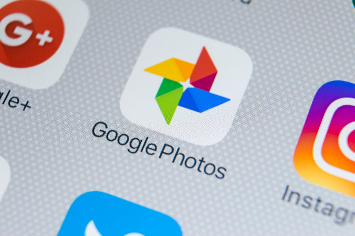 Google Photos findet nun Text in Bildern