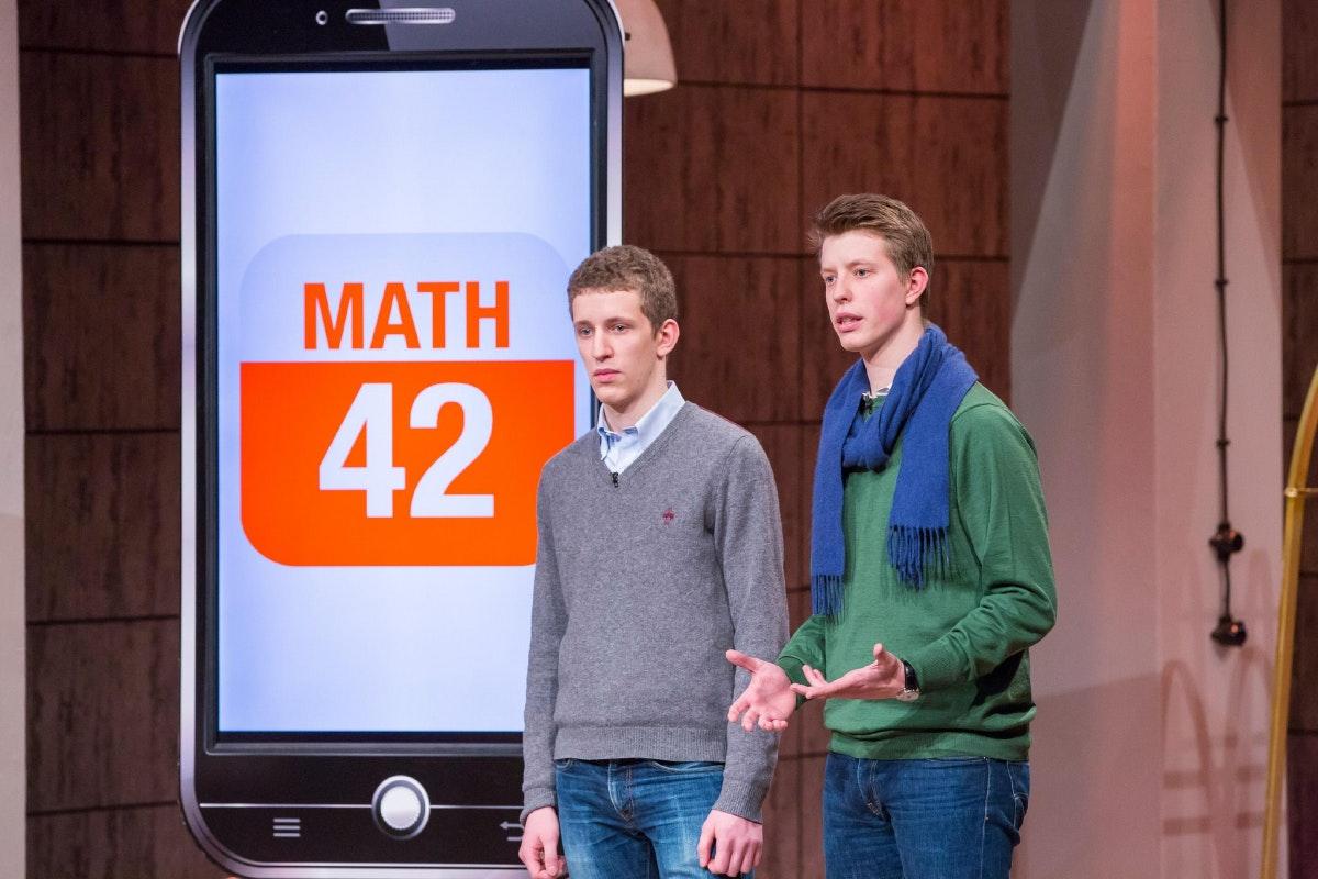 Die Math42-Gründer in der Höhle der Löwen. (Foto: TVNOW / Bernd-Michael Maurer)