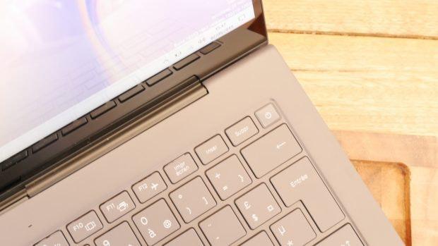 Samsung Galaxy Book S – im Powerbutton befindet sich der Fingerabdrucksensor. (Foto: t3n)
