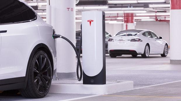 8 Jahre nach Europastart: Tesla hat jetzt über 6.000 Supercharger an 600 Standorten