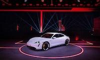 Elektro-Sportwagen: Porsche Taycan offiziell vorgestellt