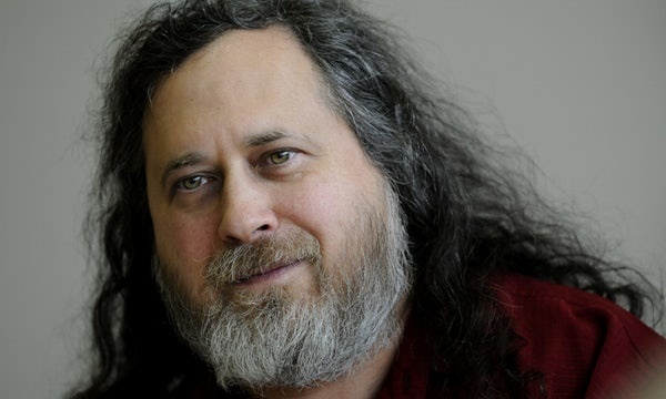 Free-Software-Ikone Richard Stallman bringt sich mit Epstein-Kommentar zu Fall