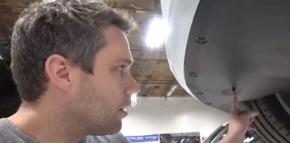 Warnung für Fußgänger: Tesla-Autos sollen künftig Lärm machen