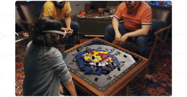 Spieler mit AR-Brillen vor Tilt-Five-Spielbrett.