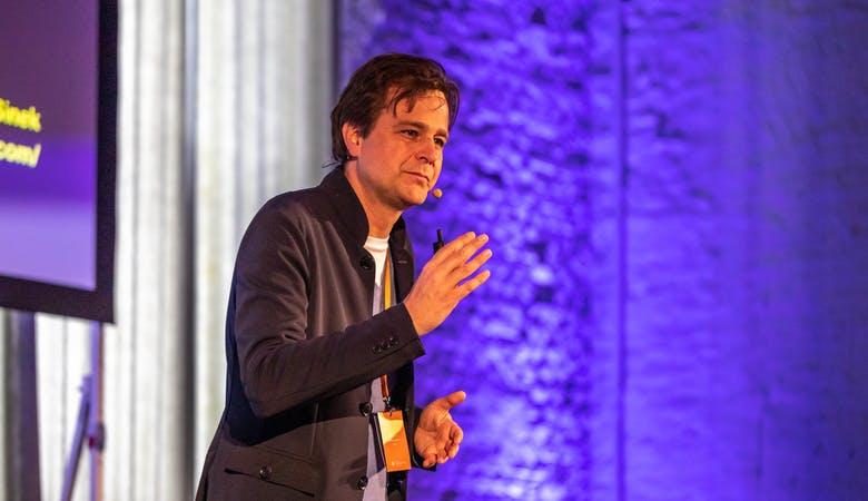 Gründer und Herausgeber Andreas Berens hält eine Keynote auf den SMM-Days von Rheinwerk