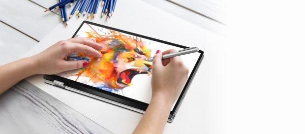 Das Asus Chromebook Flip C434 lässt sich auch mit Stylus bedienen. (Bild: Asus)