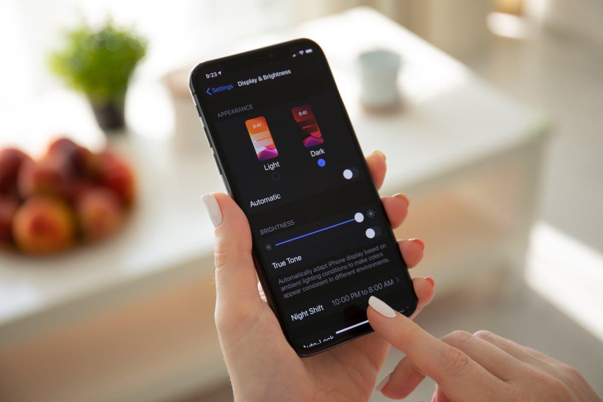 iPhone: Dark Mode spart ordentlich Akku