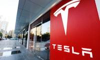 Neue Details zu Teslas Gigafactory: Kein Solardach und keine Zellfertigung