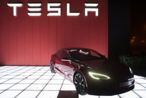 Bundeswirtschaftsminister: Altmaier unterstützt zügigen Bau der Tesla-Fabrik in Brandenburg