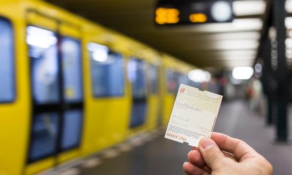 Mobilitäts-Mix? Bund investiert 20-mal mehr Mittel in KfZ als in ÖPNV