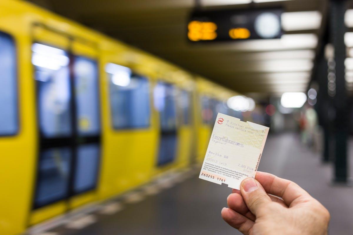 Bund investiert 20-mal mehr Fördergelder in KfZ als in ÖPNV