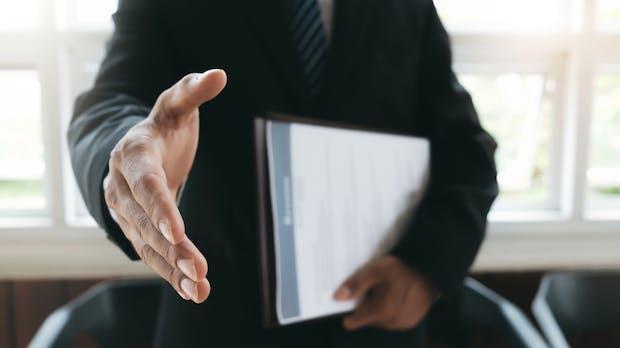 Vorstellungsgespräch: 5 Lügen, die Personaler dir auftischen
