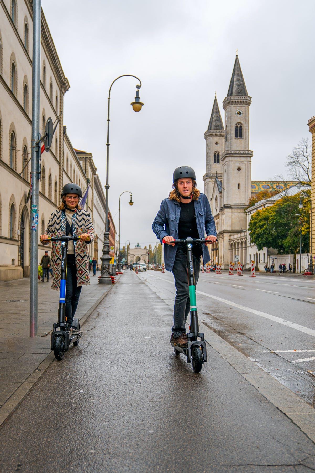 Strengere Regeln für E-Scooter: Verkehrsgerichtstag fordert Führerschein