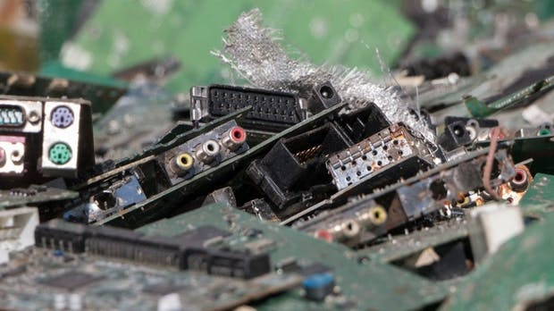 Recycling: Alte Elektrogeräte landen oft im Müll