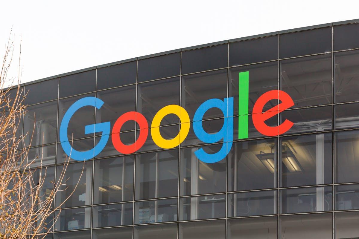 Google schraubt an Bildersuche: Künftig erklärende Icons und Lizenzangaben