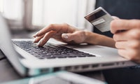 Stiftung Warentest: Nur zwei Onlineshop-Gütesiegel sind hilfreich