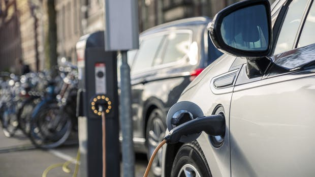 E-Autos: Trotz starkem Anstieg bleiben Neuzulassungen auf niedrigem Niveau