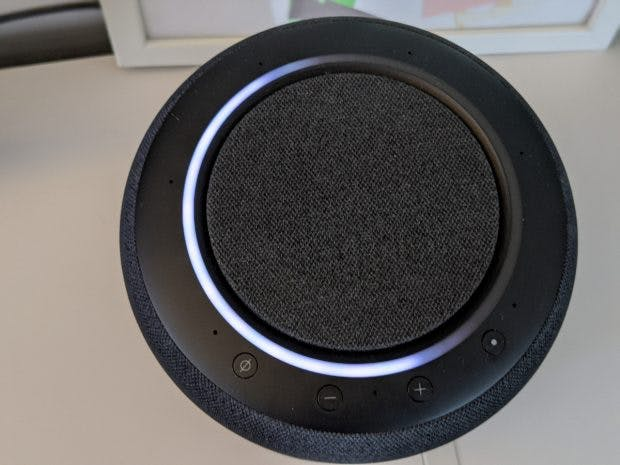 Der Ring des Echo Studio zeigt auch die Lautstärke an. (Foto: t3n)