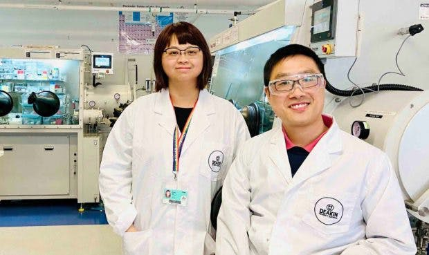 """Fangfang Chen und Xiaoen Wang von der Deakin-Universiät bezeichnen ihre Forschungsergebnisse als """"Durchbruch"""". (Foto: Deakin University)"""