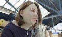 Diese Puppe zeigt dir, was 20 Jahre Bürojob mit deinem Körper machen