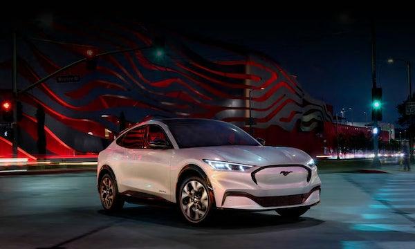 Ford Mustang Mach-E: Tesla-Konkurrent schafft bis zu 600 Kilometer Reichweite